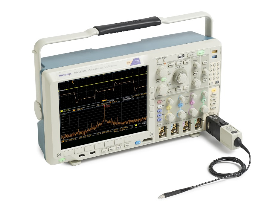 Осциллограф смешанных сигналов MDO4054C - Вид с подключенным анализатором спектра