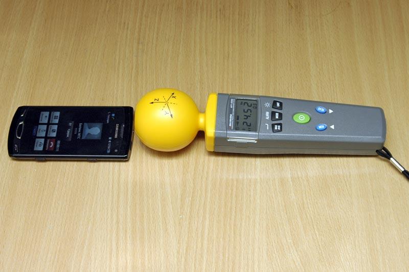Измеритель уровня электромагнитного фона АТТ-2592 - Измерение напряженности электрического поля сотового телефона