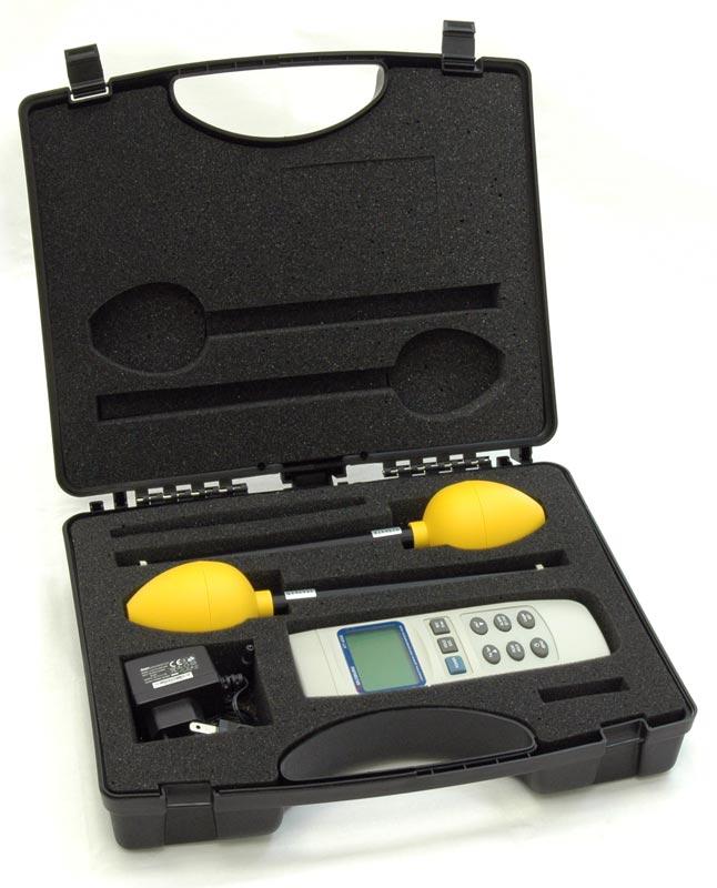 Измеритель уровня электромагнитного поля АТТ-8509 - в кейсе для переноски